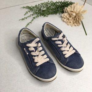 Taos Star Blue Fabric Sneakers 7.5M